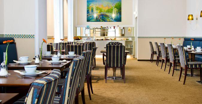 Der Frühstücksraum im HiLight Suites Hotel