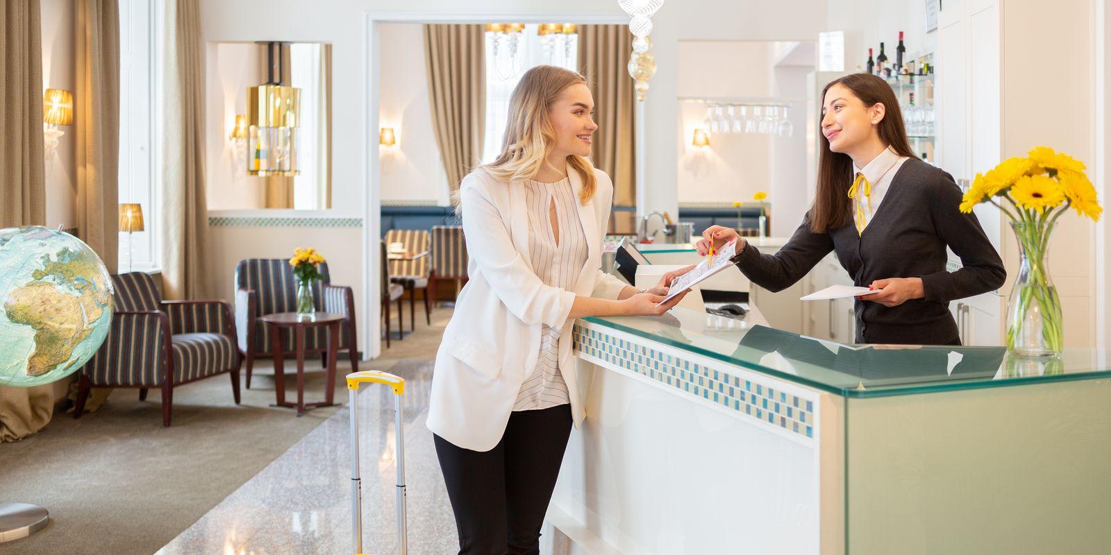 Freundlicher Empfang im HiLight Suites Hotel