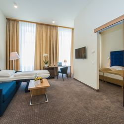 Prestige Suite for 4 persons, HiLight Suites Hotel, Vienna